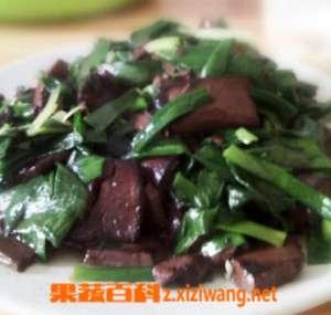 猪血和韭菜怎么炒 猪血韭菜的炒法